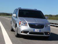 2012 Lancia Voyager, 1 of 13