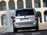 2012 Lancia Voyager, 8 of 13