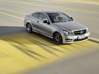 2012 Mercedes-Benz C250 Coupe Sport , 3 of 10