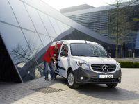 2012 Mercedes-Benz Citan, 1 of 3