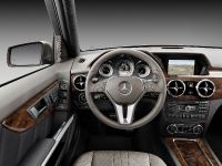 2012 Mercedes-Benz GLK , 25 of 30