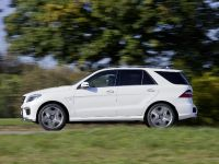 2012 Mercedes-Benz ML 63 AMG, 3 of 22