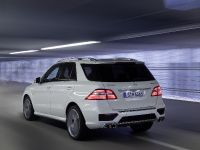 2012 Mercedes-Benz ML 63 AMG, 5 of 22