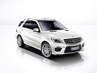 2012 Mercedes-Benz ML 63 AMG, 11 of 22