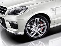 2012 Mercedes-Benz ML 63 AMG, 18 of 22