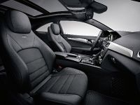 2012 Mercedes C63 AMG Coupe, 32 of 33