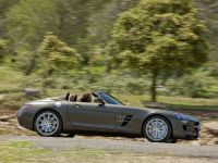 2012 Mercedes SLS AMG Roadster, 37 of 65