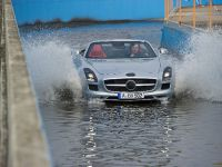 2012 Mercedes SLS Roadster, 3 of 13