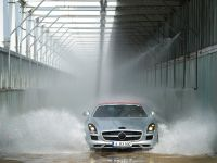 2012 Mercedes SLS Roadster, 4 of 13