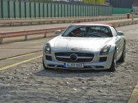 2012 Mercedes SLS Roadster, 5 of 13