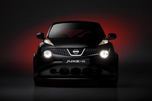 Nissan Juke-R - от 0 до 100 км / ч за 3,7 секунды