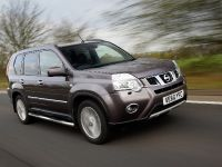 2012 Nissan X-TRAIL Platinum edition, 2 of 10