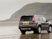 2012 Nissan X-TRAIL Platinum edition, 6 of 10