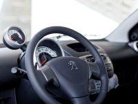 2012 Peugeot 107, 19 of 20