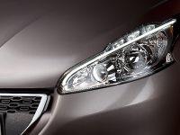 2012 Peugeot 208, 11 of 14