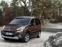 2012 Peugeot Partner Tepee, 2 of 4