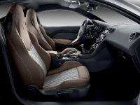 2012 Peugeot RCZ Brownstone, 3 of 4