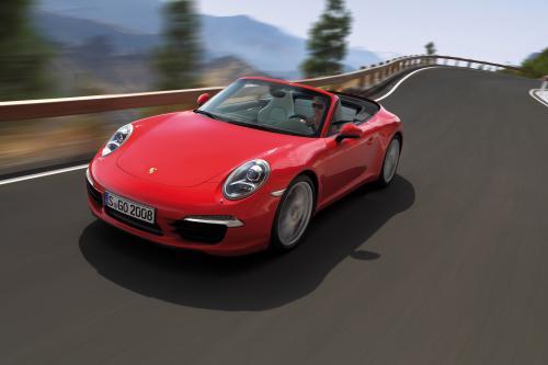 2012 Porsche 911 Carrera и Carrera S в США автосалонах