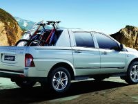 2012 SsangYong Korando Sports, 7 of 11