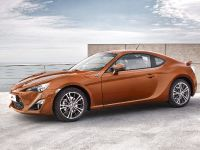 2012 Toyota GT 86, 2 of 13