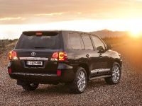 2012 Toyota Land Cruiser V8, 6 of 12