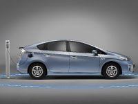 2012 Toyota Prius Family, 3 of 9