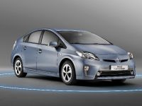 2012 Toyota Prius Plug-In Hybrid, 2 of 5