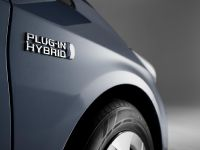 2012 Toyota Prius Plug-In Hybrid, 4 of 5
