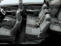 2012 Toyota Prius v, 14 of 15