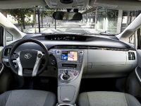 2012 Toyota Prius, 2 of 2