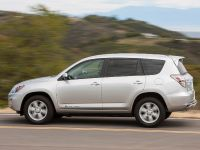 2012 Toyota RAV4 EV, 14 of 35
