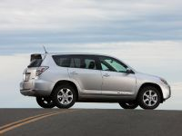 2012 Toyota RAV4 EV, 25 of 35