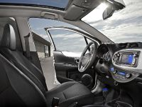 2012 Toyota Yaris HSD, 3 of 5