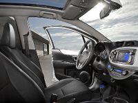 2012 Toyota Yaris HSD, 3 of 5