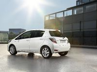 2012 Toyota Yaris HSD, 4 of 5