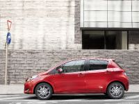 2012 Toyota Yaris, 4 of 6