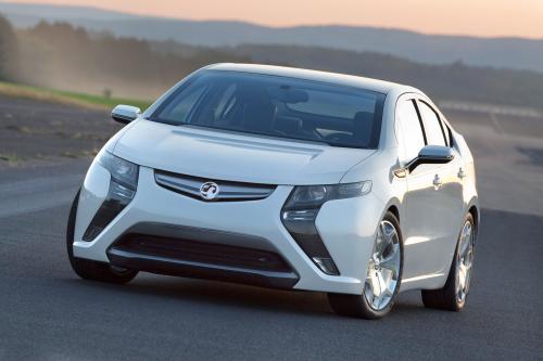 2012 Vauxhall Ampera будет покрывать до 350 миль на электричестве