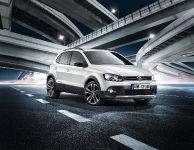 thumbnail image of 2012 Volkswagen CrossPolo Urban White