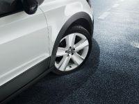 2012 Volkswagen CrossPolo Urban White, 3 of 4