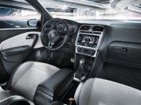 2012 Volkswagen CrossPolo Urban White, 4 of 4