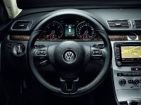 2012 Volkswagen Passat Exclusive, 3 of 5