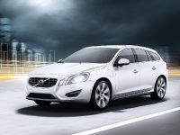 2012 Volvo V60 Plug-in Hybrid, 13 of 37