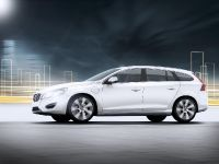 2012 Volvo V60 Plug-in Hybrid, 15 of 37