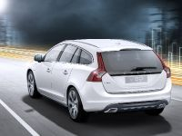 2012 Volvo V60 Plug-in Hybrid, 16 of 37