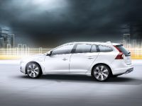 2012 Volvo V60 Plug-in Hybrid, 18 of 37