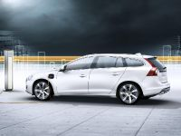 2012 Volvo V60 Plug-in Hybrid, 19 of 37