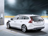 2012 Volvo V60 Plug-in Hybrid, 1 of 37