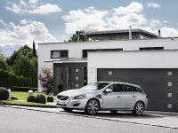 2012 Volvo V60 Plug-in Hybrid, 32 of 37