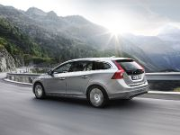 2012 Volvo V60 Plug-in Hybrid, 33 of 37