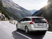 2012 Volvo V60 Plug-in Hybrid, 34 of 37